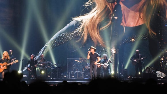 Scenes from the Tim McGraw and Faith Hill concert at