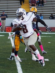 A car accident delayed Tyreace House's return to football, but he's now a linebacker and kick returner at McMurry University (Texas).
