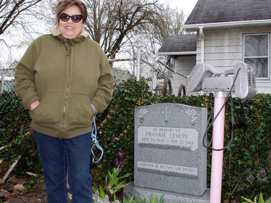 Pam Nardella shows off Frankie Lymon's tombstone in