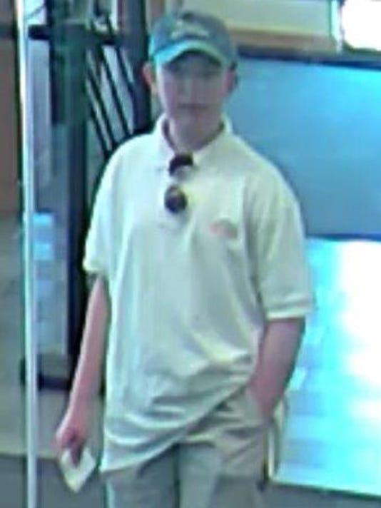 Teen boy sought in failed bank robbery