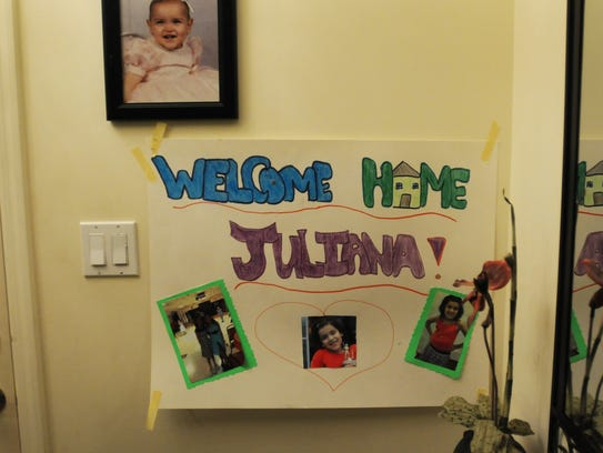 Photo of the Welcome Home poster given to Juliana by