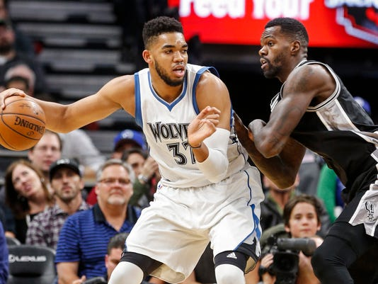 Karl-Anthony Towns, Dewayne Dedmon