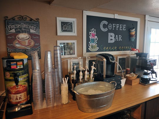 The popular coffee bar in Fee's Knic Knacs Cafe, which also features a wide variety of favorite dishes from different genres. The restaurant is located on Highway 82 in Ringgold, about 30 minutes from Wichita Falls.