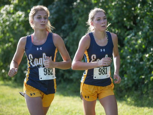 636087904772487944-MNI-0906-CountyCrossCountry18.jpg