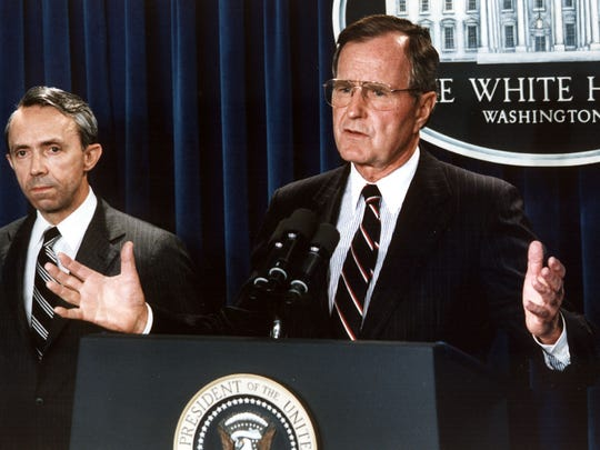 WASHINGTON, :  US President George Bush (R) announces 23 July 1990, his nomination, New Hampshire appellate judge David Souter (L), for the Supreme Court, at the White House, Washington, DC.AFP PHOTO/Jerome  DELAY (Photo credit should read JEROME DELAY/AFP/Getty Images)