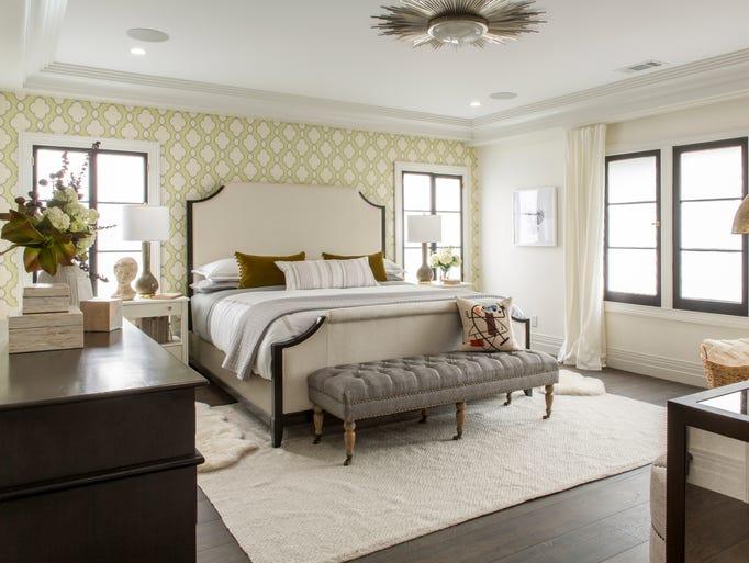 Drew and Linda honeymoon house guest bedroom after #DrewsHoneymoonhouse