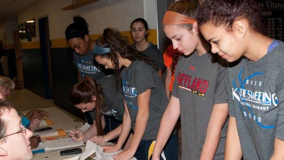 webster team girls Fndrsr004