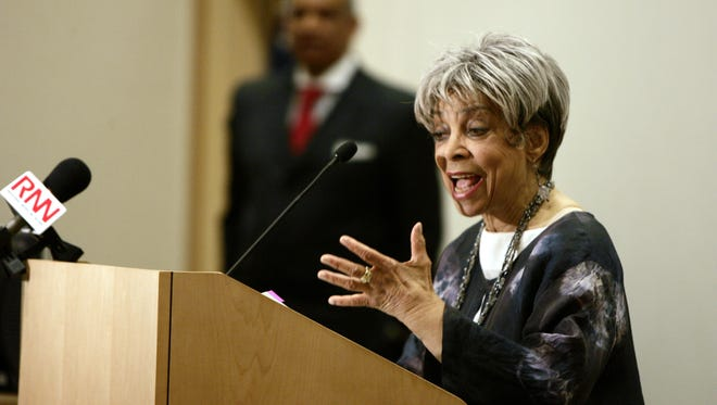 Actress Ruby Dee recites a poem during a ceremonial unveiling of a statue of Dr. Martin Luther King Jr. on April 12, 2007 at the Westchester County Courthouse in White Plains.