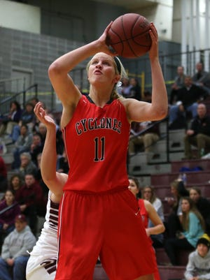 Jess Schaben leads Harlan at 14.7 points per game.