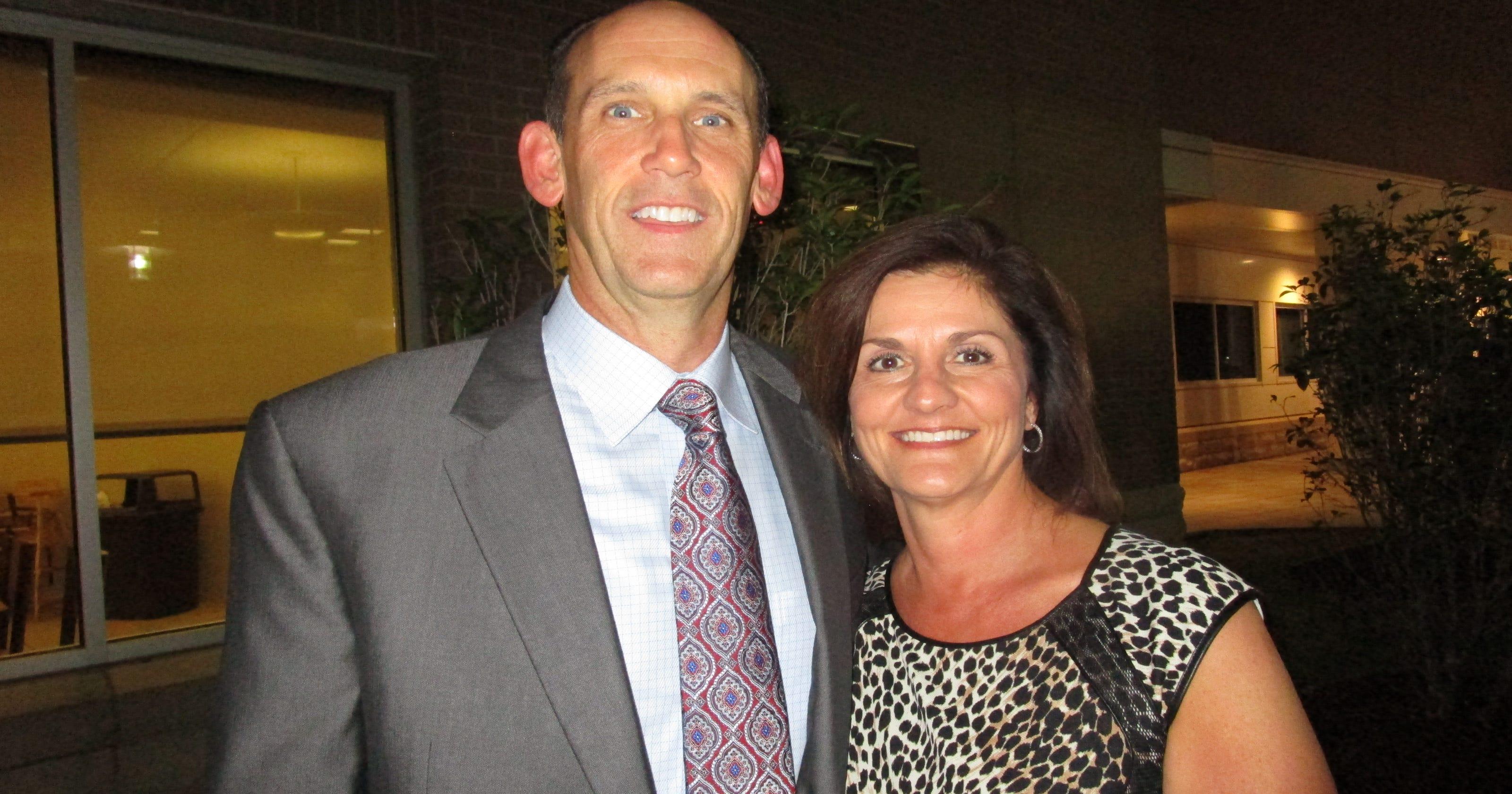 Lafayette businessman Kenneth Hix and wife Missy Lynn Hix killed in Texas plane crash