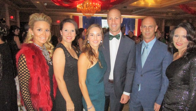 Katherine Freeman, Candace Daigle, Carly and Brach Myers, Barry Nagin and Kristin Keeter