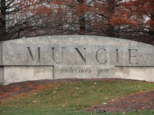 Muncie sign south