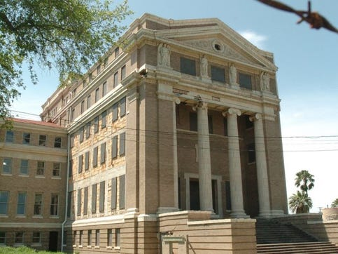 Don't give in to pressure, save old Nueces County Courthouse