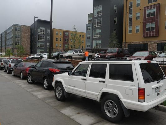 -FTC0913-gg summit parking 1.jpg_20130911.jpg