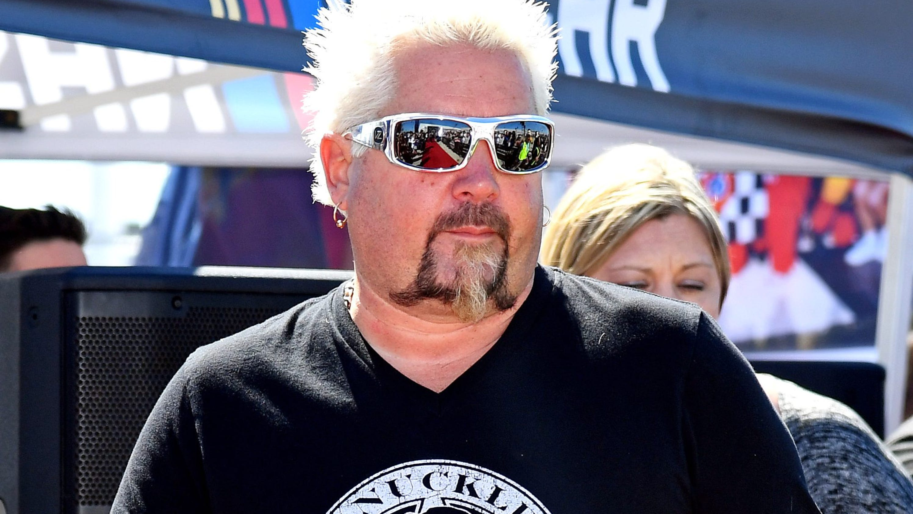 Guy Fieri S Restaurant In Times Square Is Closing
