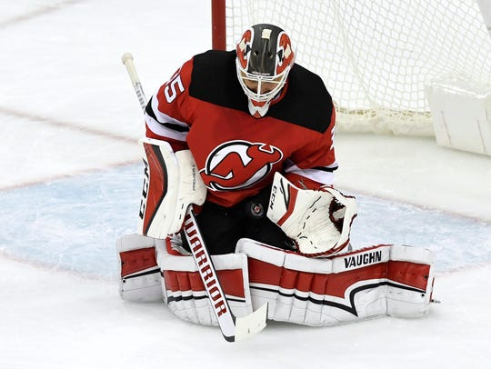 New Jersey Devils goaltender Cory Schneider (35) makes