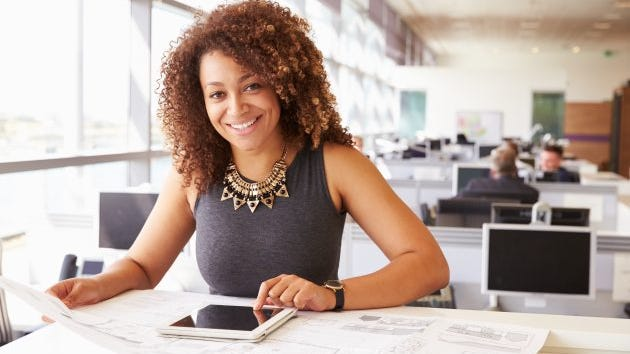 If you want to maximize your chance of getting a job after college, major in architecture.