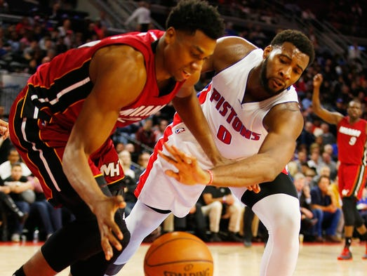 Andre Drummond #0 of the Detroit Pistons battles for