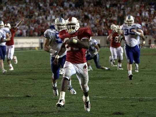 Tony Stallings races 25 yards in overtime to score the game-winning TD vs. Kentucky in 2000.