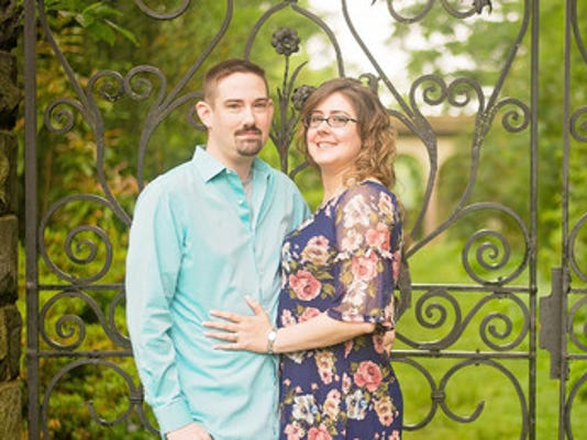 Engagements: Lorraine Avery & Dan Easterwood