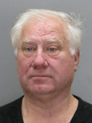 Former MLB player Ray Knight was arrested in Fairfax County, Va. on Oct. 22, charged with assault and battery.