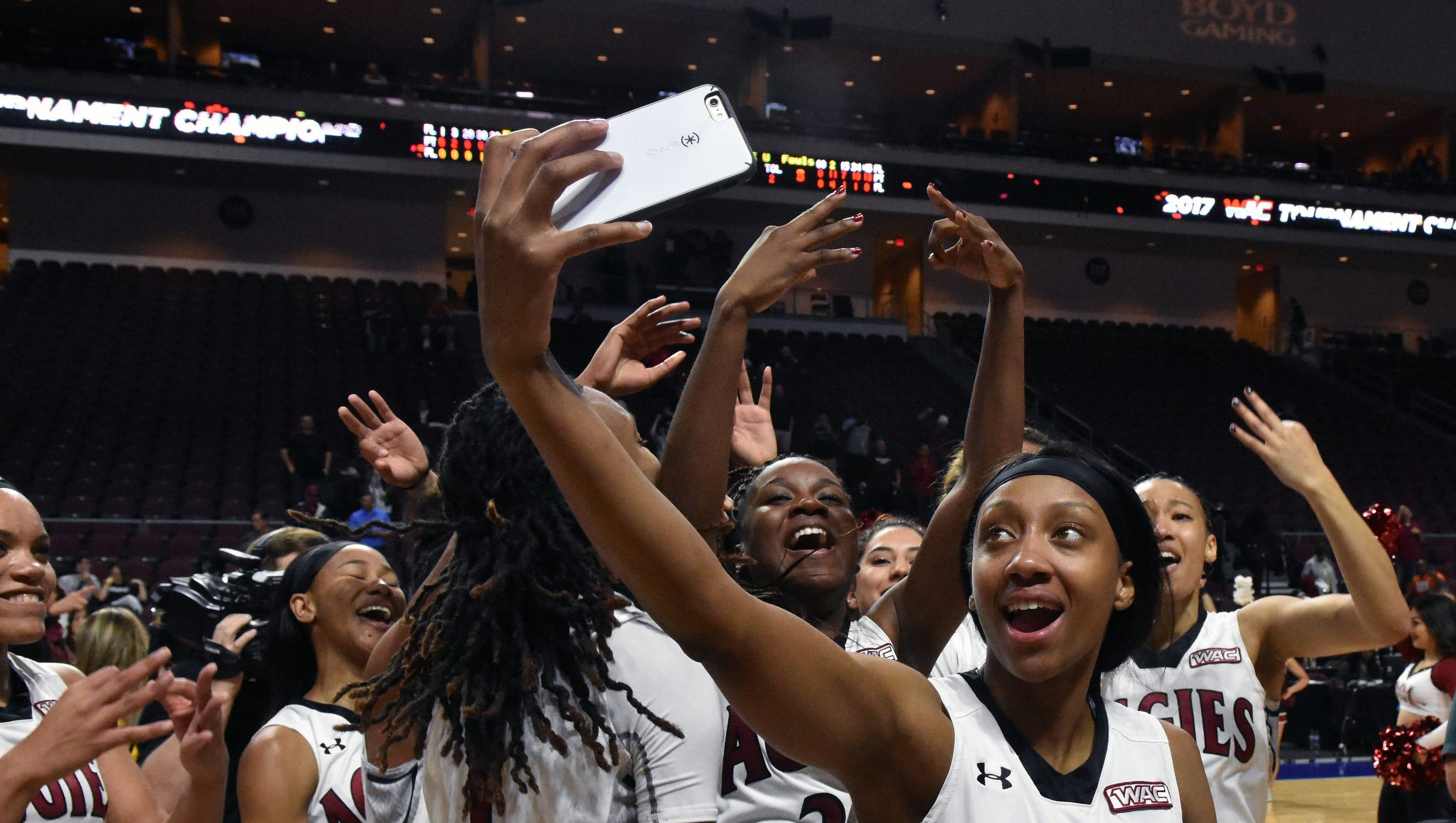 NMSU women win third straight WAC Tournament title