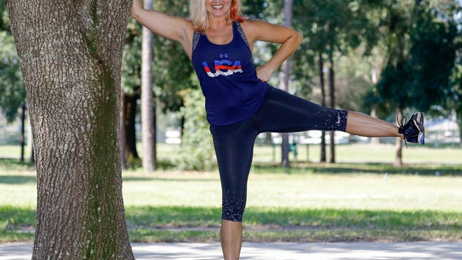 Marlo Alleva demonstrates high side leg pulses.