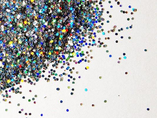 636017729217002030-glitter.jpg