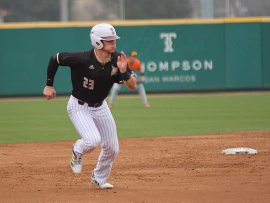 Texas State University senior infielder Mickey Scott