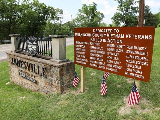 636632053099837579-zan-veterans-sign.jpg