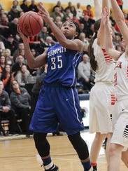 Ravin Alexander of Summit does her absolute best to