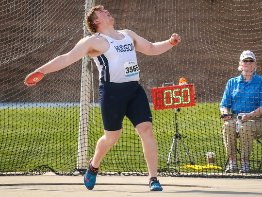 Dawson Ellingson, Hudson, competes in the boy's discus throw Thursday, April 26, 2018, at the Drake Relays in Des Moines, Iowa.