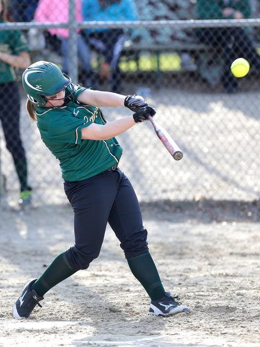 635948810143486643-FON-032916-laconia-vs-ripon-softball-dr033.jpg
