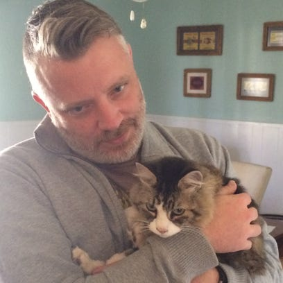 Safe and sound: San Angelo man reunited with missing cat