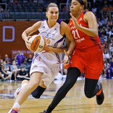 The full-time return to the court for Penny Taylor (left) this season for the Mercury is one reason the team has improved its chances of knocking off the champion Minnesota Lynx.