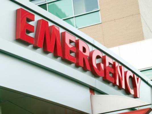635484605140550002-emergency-room-sign-Paul-Hart-istock
