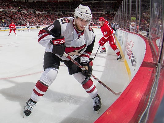 Arizona Coyotes v Detroit Red Wings