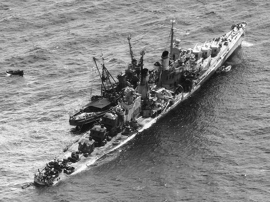 The U.S.S. Zuni tows the torpedoed U.S.S. Reno 1,500