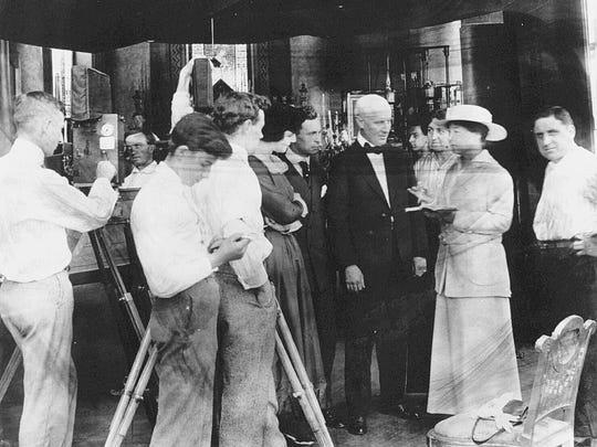 Blaché with her Solax crew, 1915.