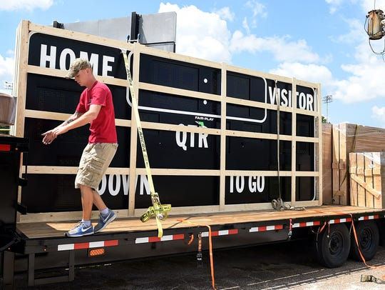 The new electronic scoreboard arrives Tuesdat to Donald