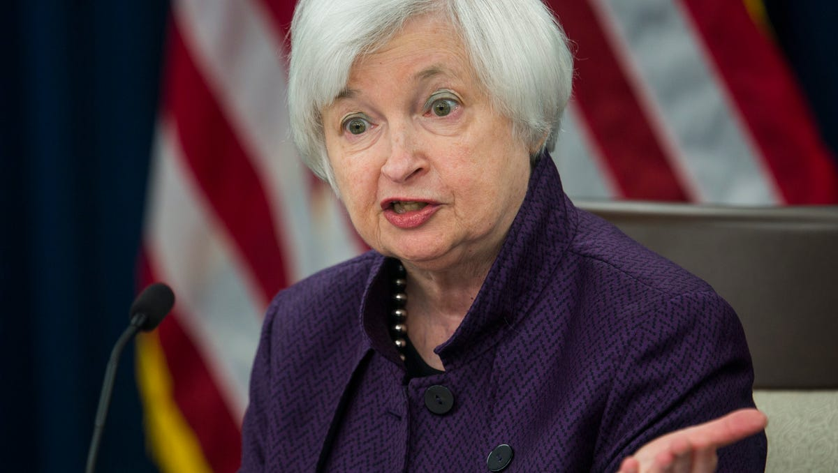 Yellen Keeping Rates Low May Heal Economy