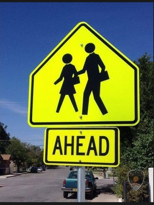 636512778217191360-School-Zone-Ahead-sign.jpg