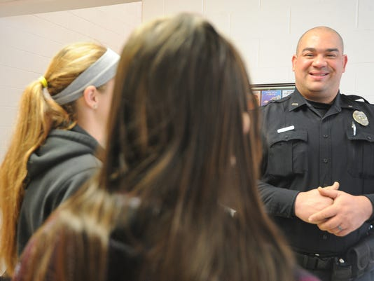 BUC 0108 Bucyrus Schools get resource officer02.jpg