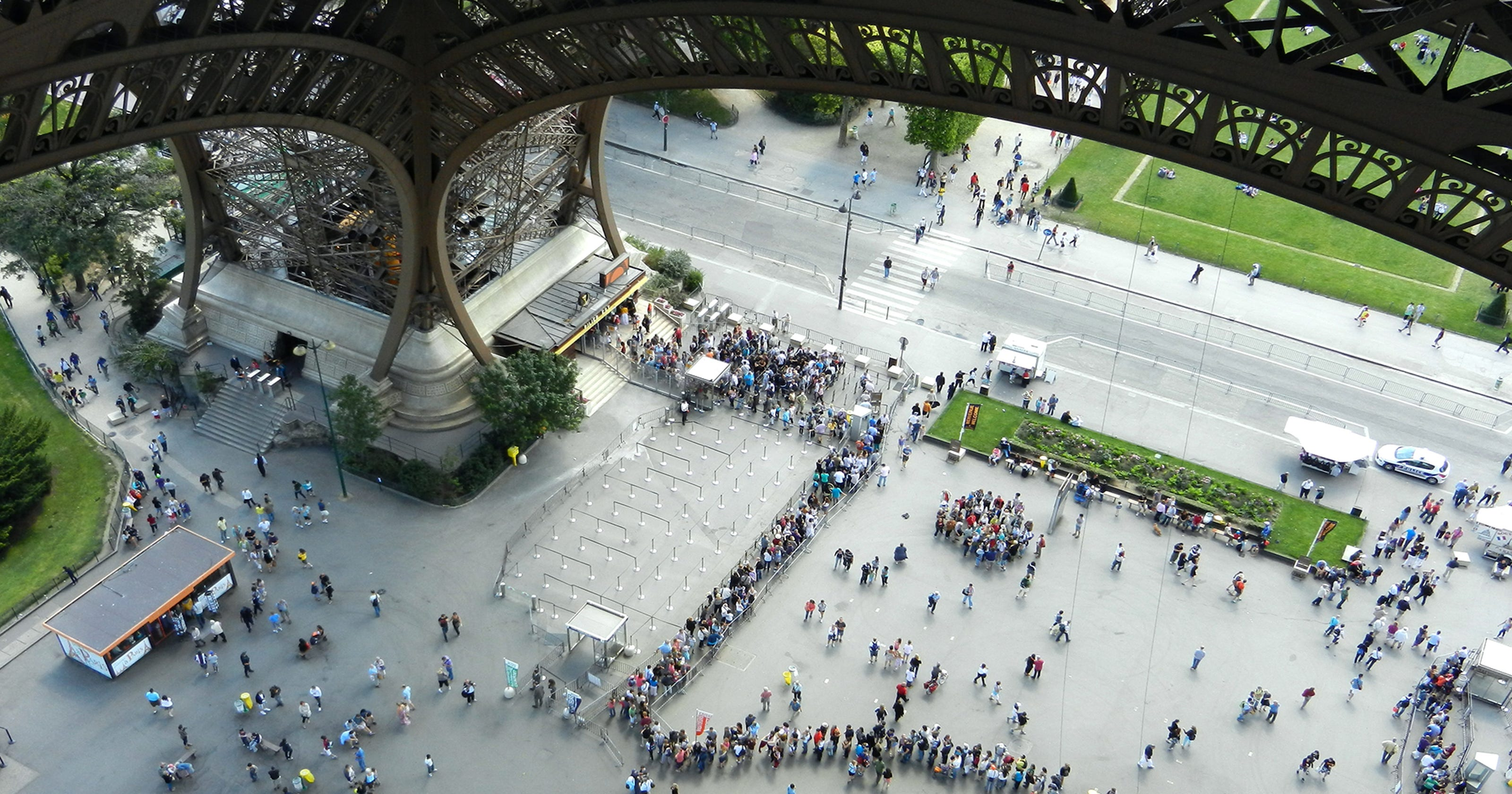 eiffel tower rick steves tips for your visit