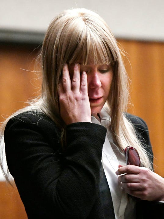 Woman acquitted of murdering twin sister in car plunge off Hawaii cliff