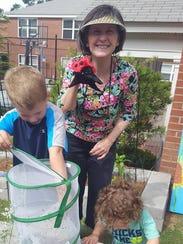 Green Team member, Jessie Perry, teaches children about