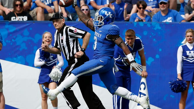 "Jojo Kemp high-steps into the end zone from 4 yards out to cap the opening drive of the game. ""You can tell there's a difference, a considerable difference, with Jojo being healthy,"" offensive coordinator Neal Brown said Saturday"