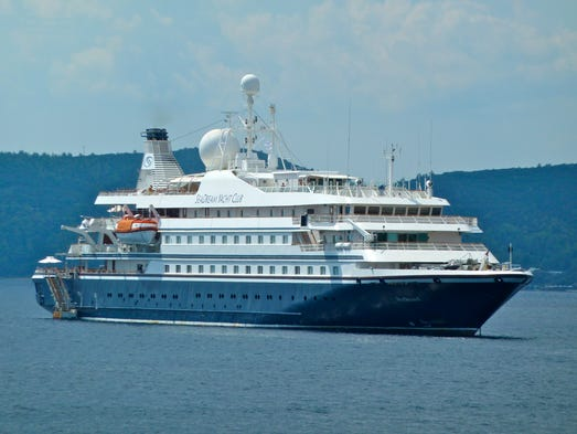 The 4,253-gross ton Sea Dream I and its identical twin, the Sea Dream II are all-inclusive, ultra-deluxe, yacht-like cruise ships owned and operated by Sea Dream Yacht Cub.