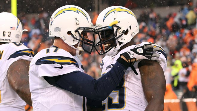 San Diego Chargers quarterback Philip Rivers threw for a touchdown, and running back Ronnie Brown sealed the 27-10 win over the Cincinnati Bengals with a rushing score.