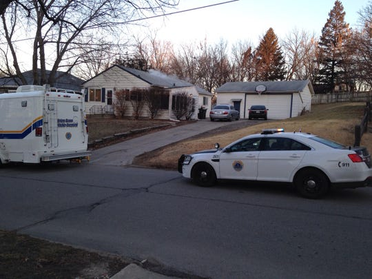Des Moines police are investigating a stabbing that occurred in the 1100 block of Amos Avenue on Wednesday.